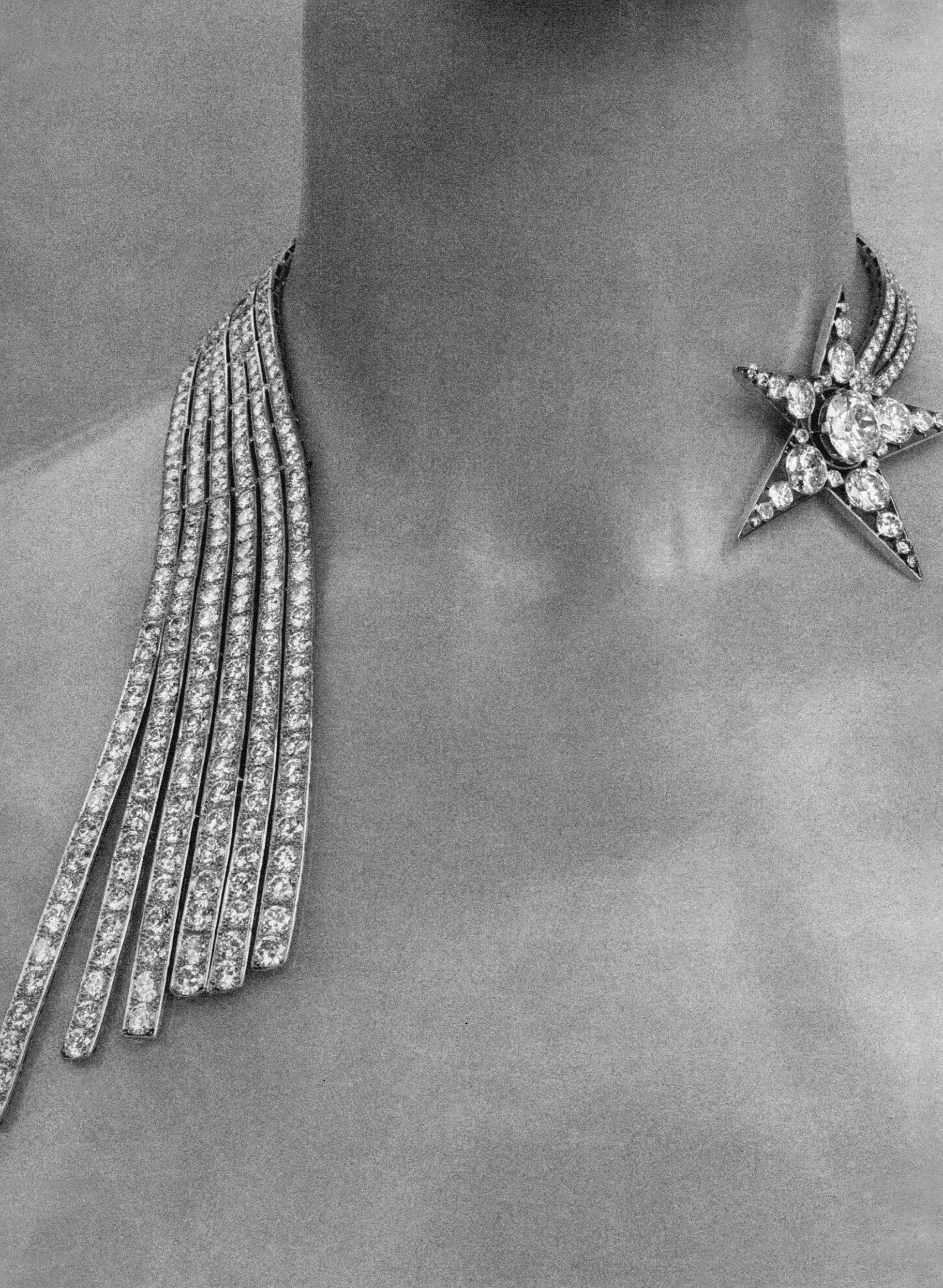 coco-chanel-jewelry-necklace-refined-magazine-542386015
