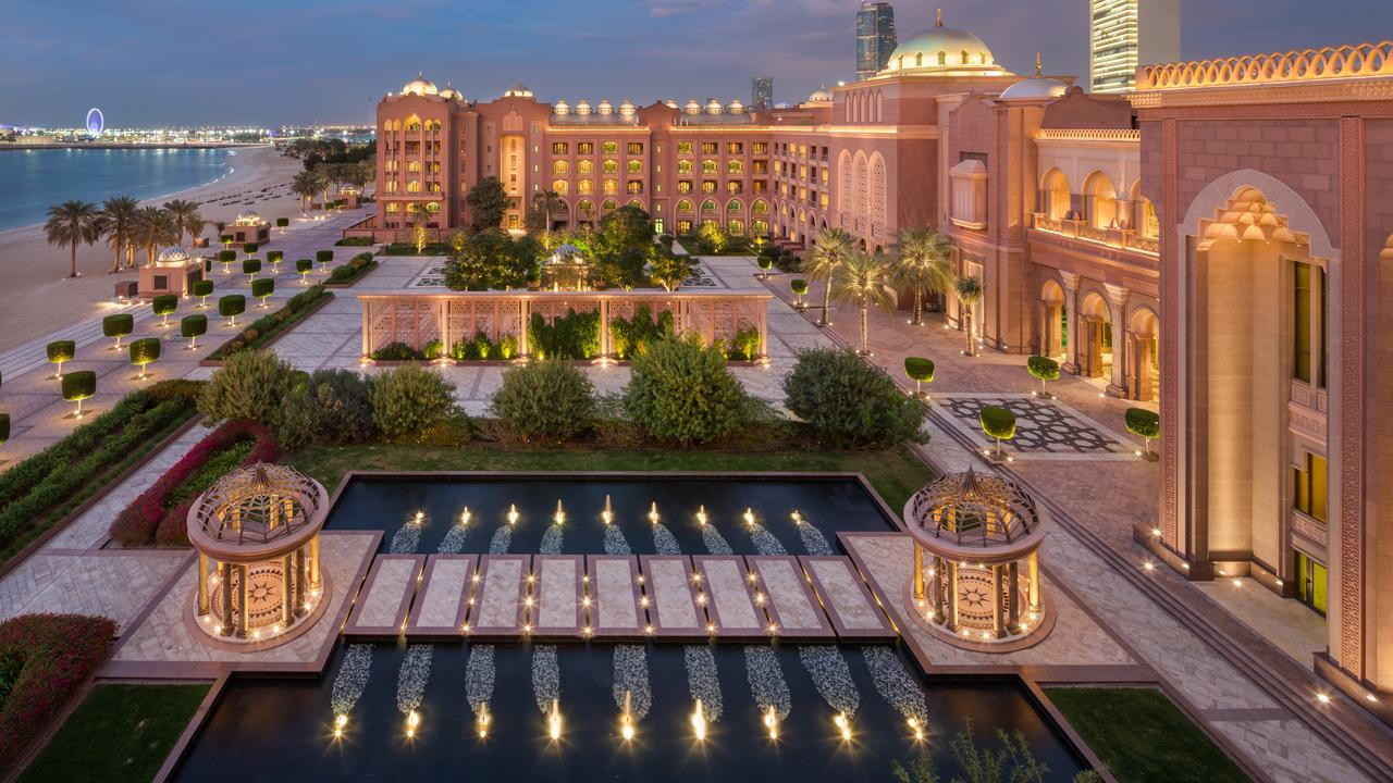 emirates-palace-abu-dhabi-yeet-magazine-2
