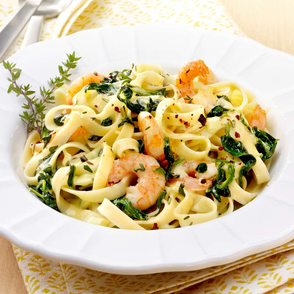 Eating pasta may help weight loss new study suggests.