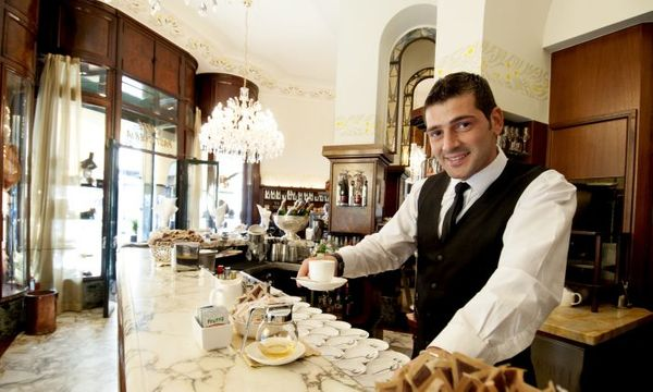 Starbucks Makes a 'Grande' Bet on Italy.