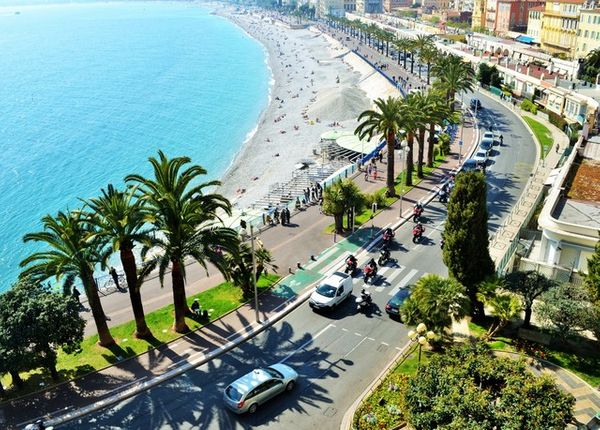 Learn about this chic iconic hotel on Nice's  Promenade  des Anglais.