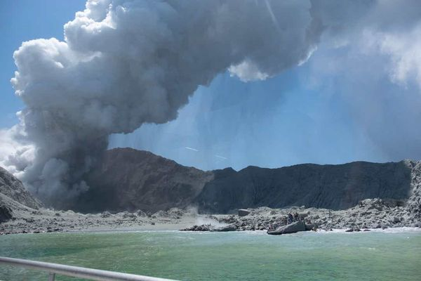 New-Zealand : What is a cone volcano? The science behind the deadly New Zealand eruption