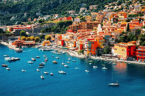 5 Reasons  To Buy  A Property In The South Of France