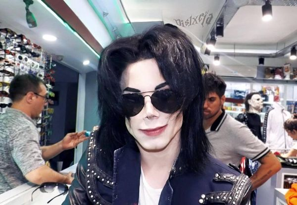 Man Spent $30000 to look like MichaelJackson, Still Not Happy With The Outcome.