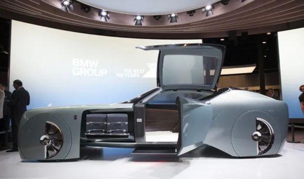 YEET Cars: Justin Bieber Unveils Futuristic Rolls-Royce  Wraith By  West Coast Customs Designs.