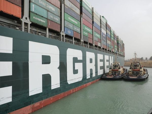 Cargo Ship Stranded In The Suez Canal: What Are The Economic Consequences Of Stopping Traffic?
