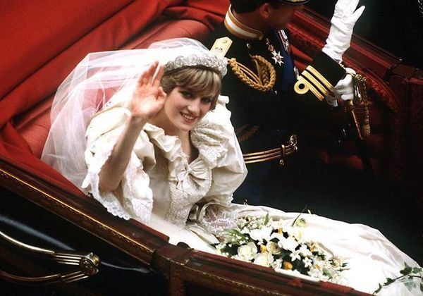 Lady Di  Princess Diana's Wedding Dress Will Be Exhibited At Kensington Palace In London